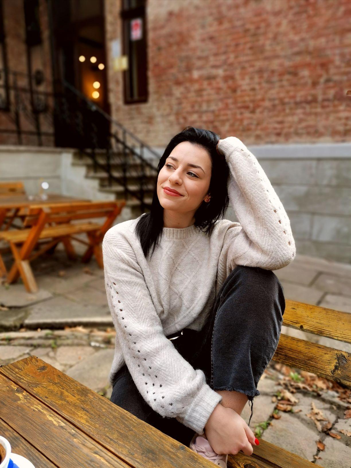 Ana Lazarević – LEO KG2